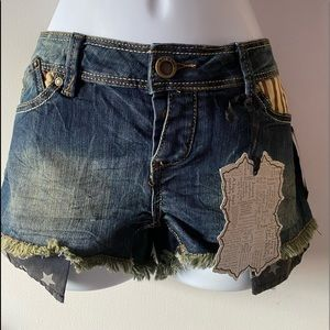 Hot Kiss Jean Shorts, Denim with Fringes, 7